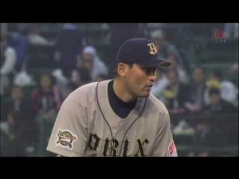Park Chan Ho 2011-04-15 first pitching at Official game in Japan - YouTube