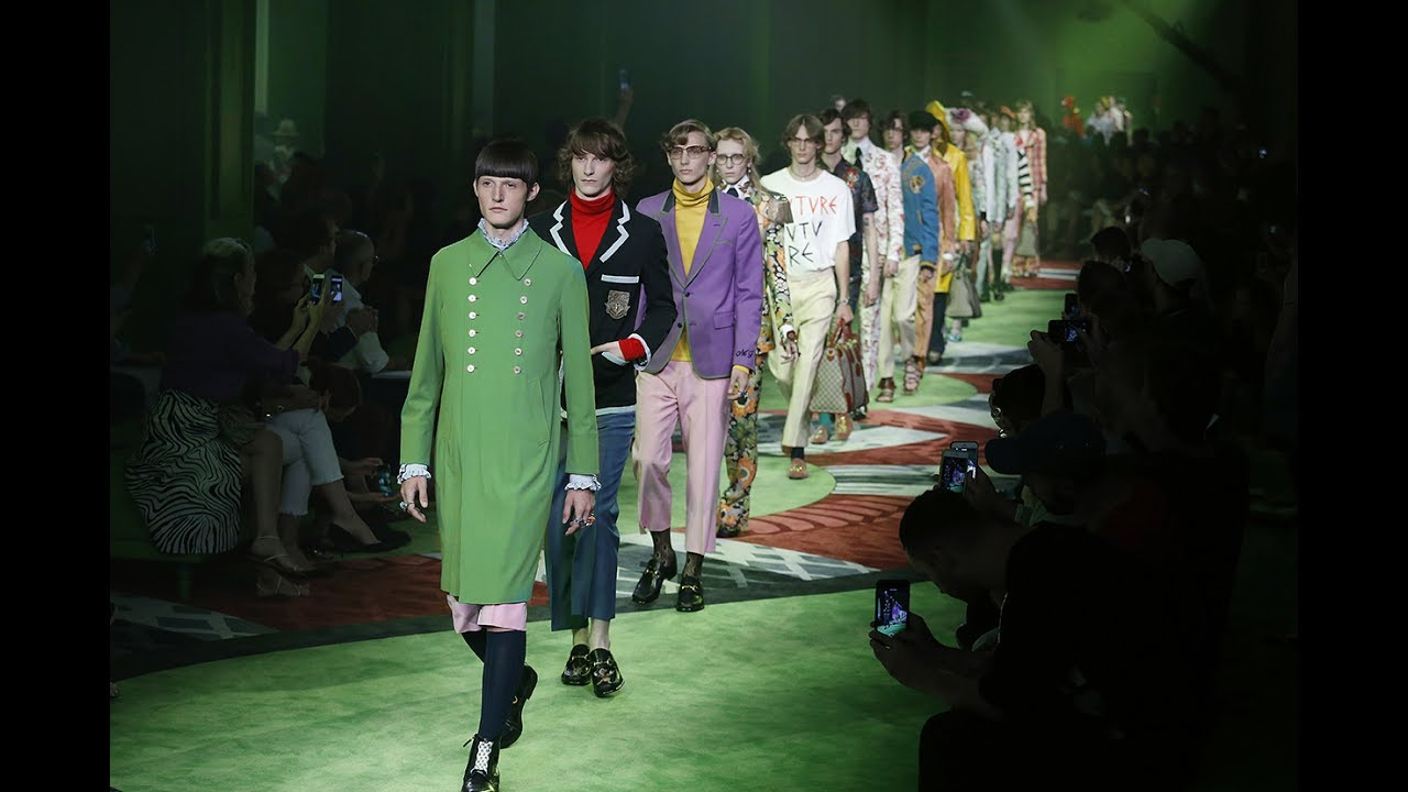 Gucci Men's Spring Summer 2017 Fashion Show - YouTube